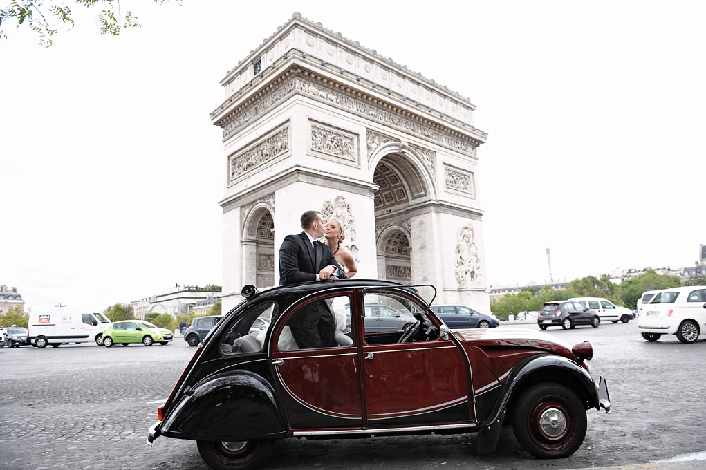 French Vintage Wedding Cars - Elope in Paris