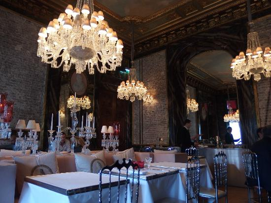 Yanique's Picks: Cristal Room Baccarat - Elope in Paris